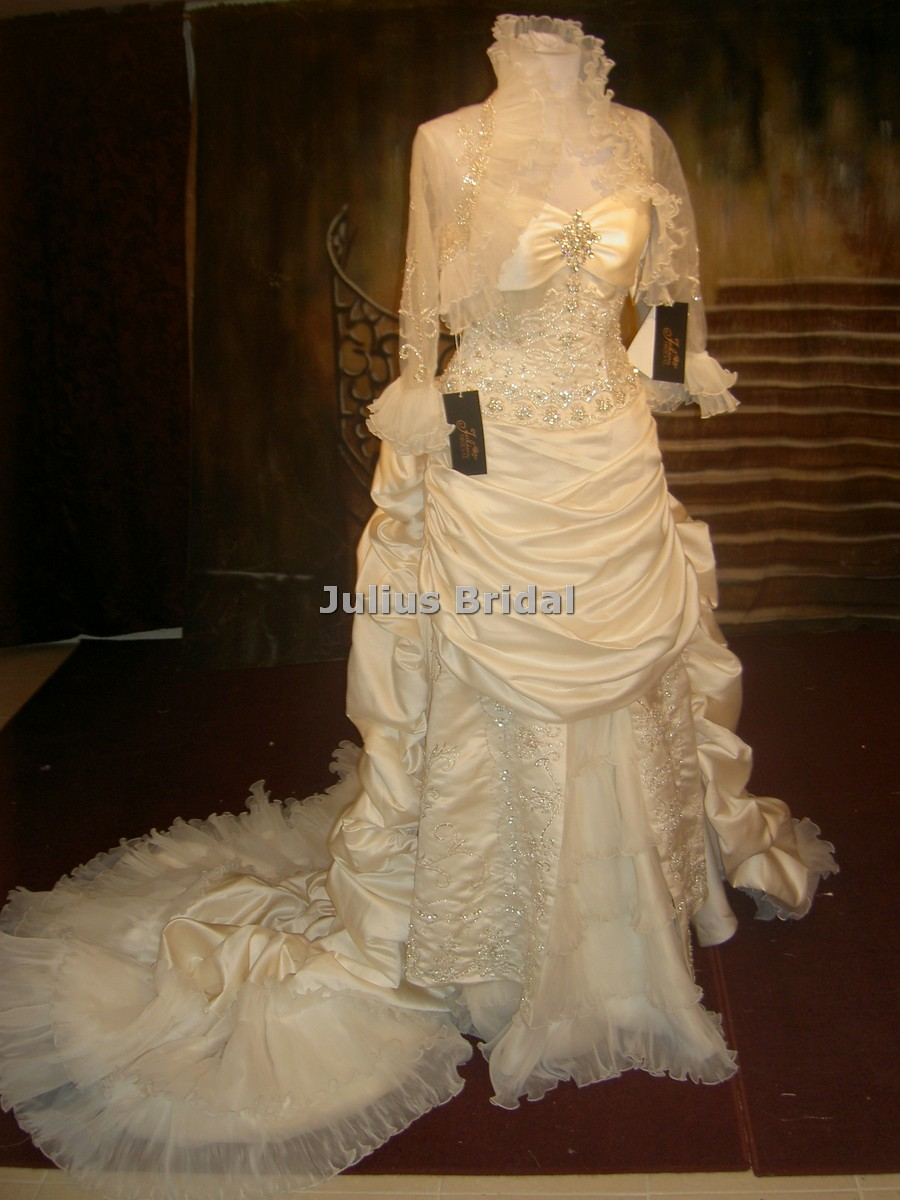 Click here to view this image in a new window for Maggie sottero grace kelly wedding dress